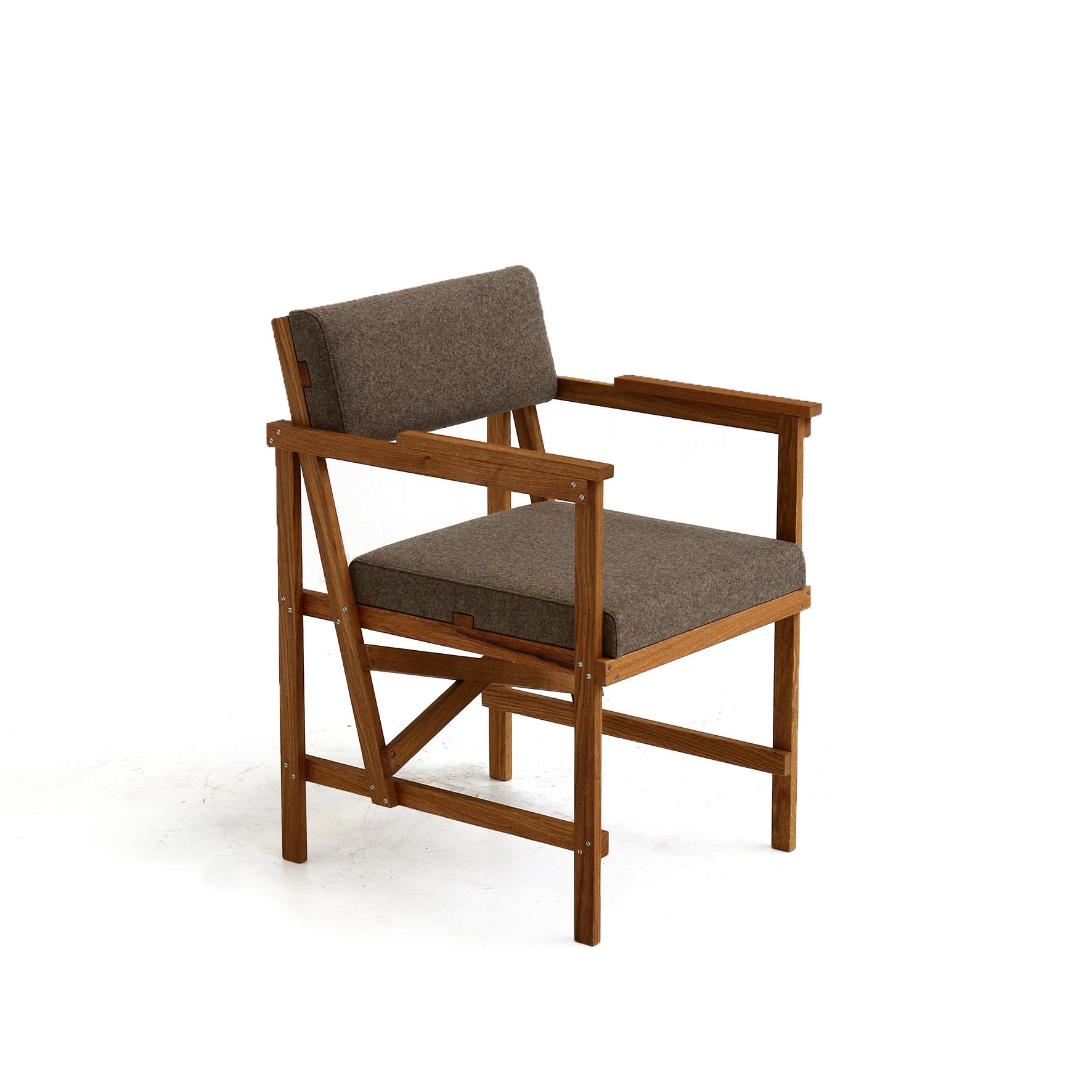 Eetkamerstoel Piet Hein Eek.As Thick As Wide Chair