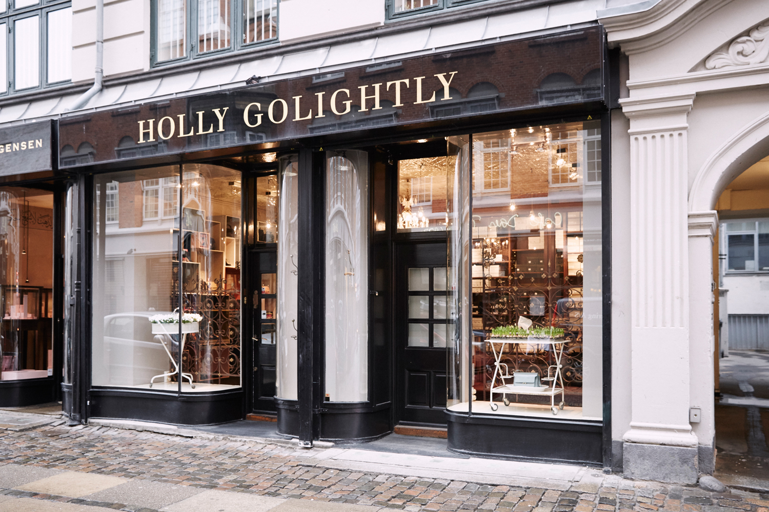 holly-golightly Buitenland dealer