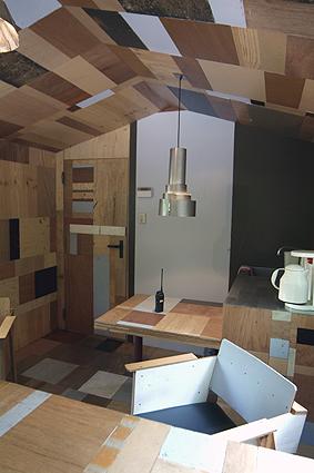 kaartverkoophuisje kröller müller binnenkant