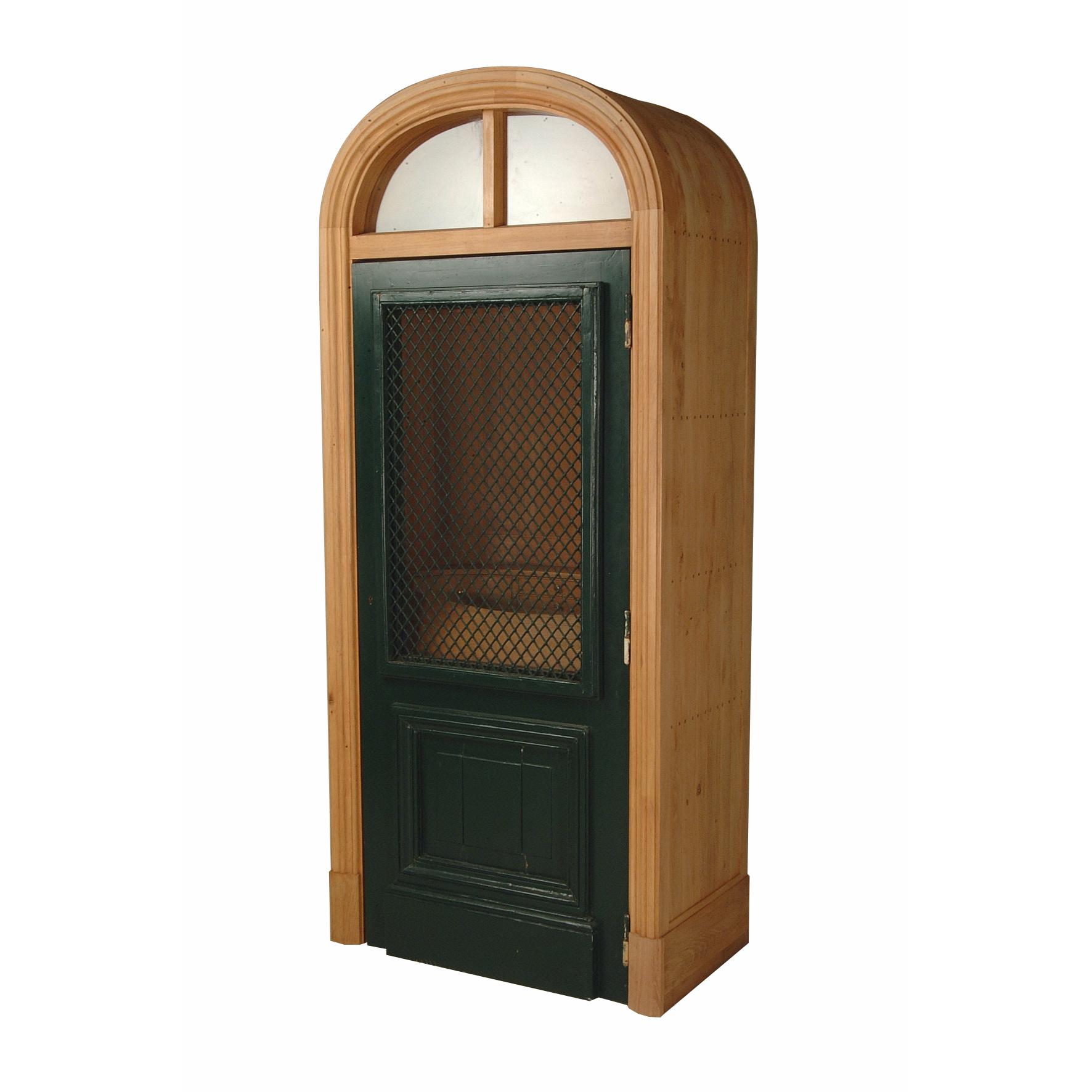 madonna-cabinet
