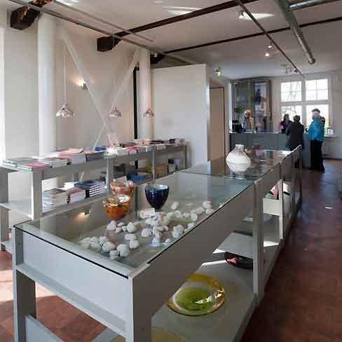 134BC20101106D0016,Architecture,architects,Eek,-Piet-Hein,Glasmuseum-Leerdam,Glasmuseum-Leerdam
