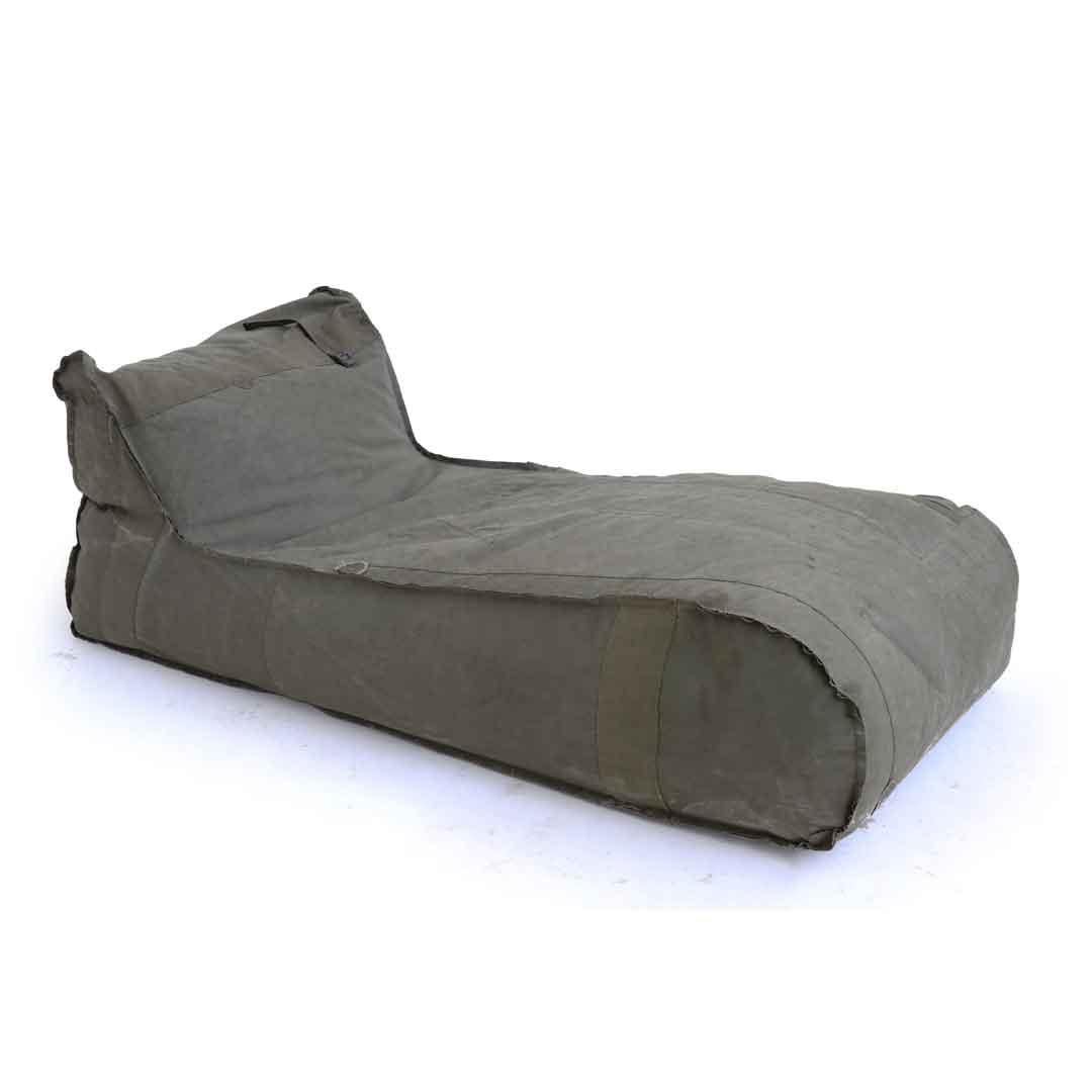 lounge-zitzak-in-legerstof-W