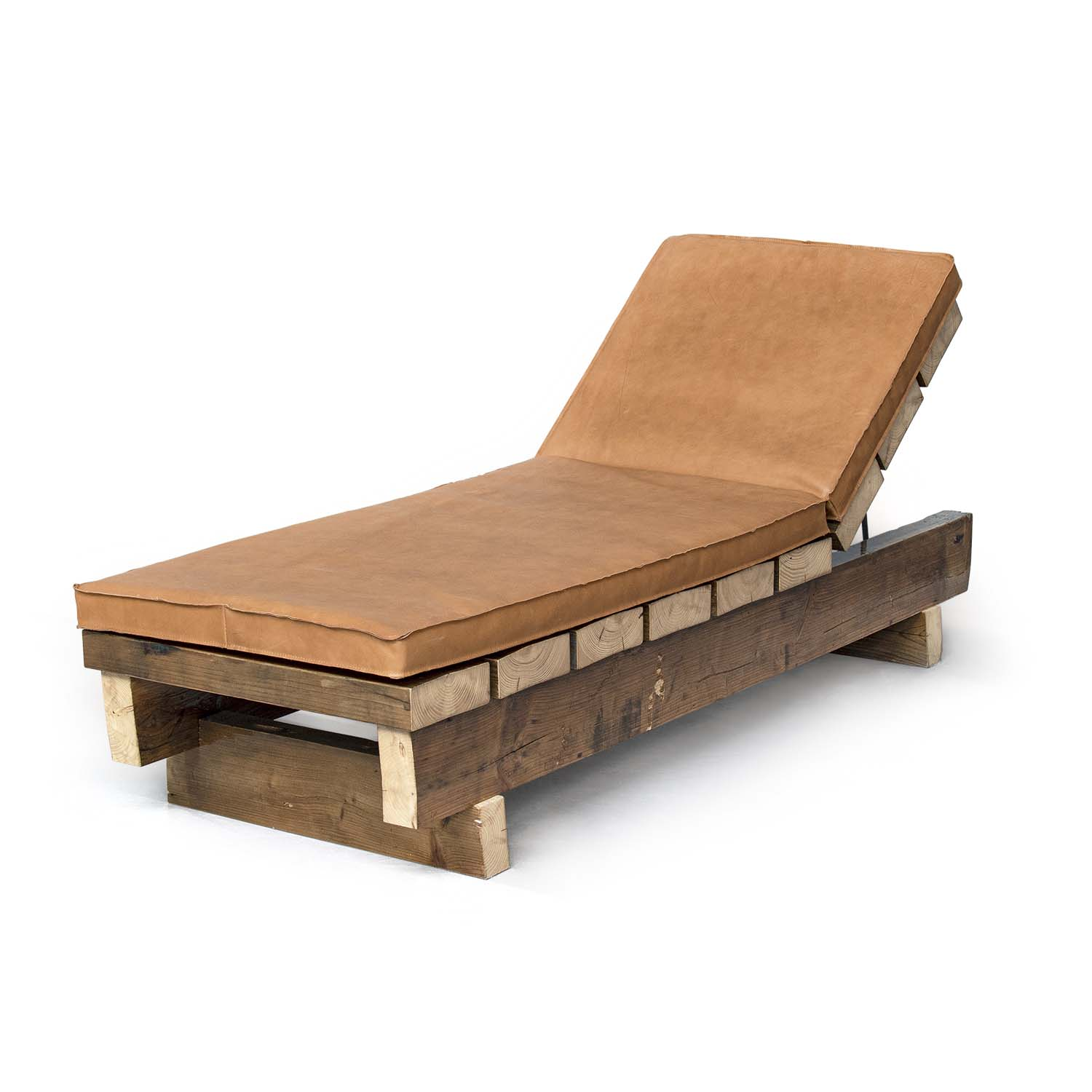 04_Beam_Leather_Daybed_perspective-thumbnail