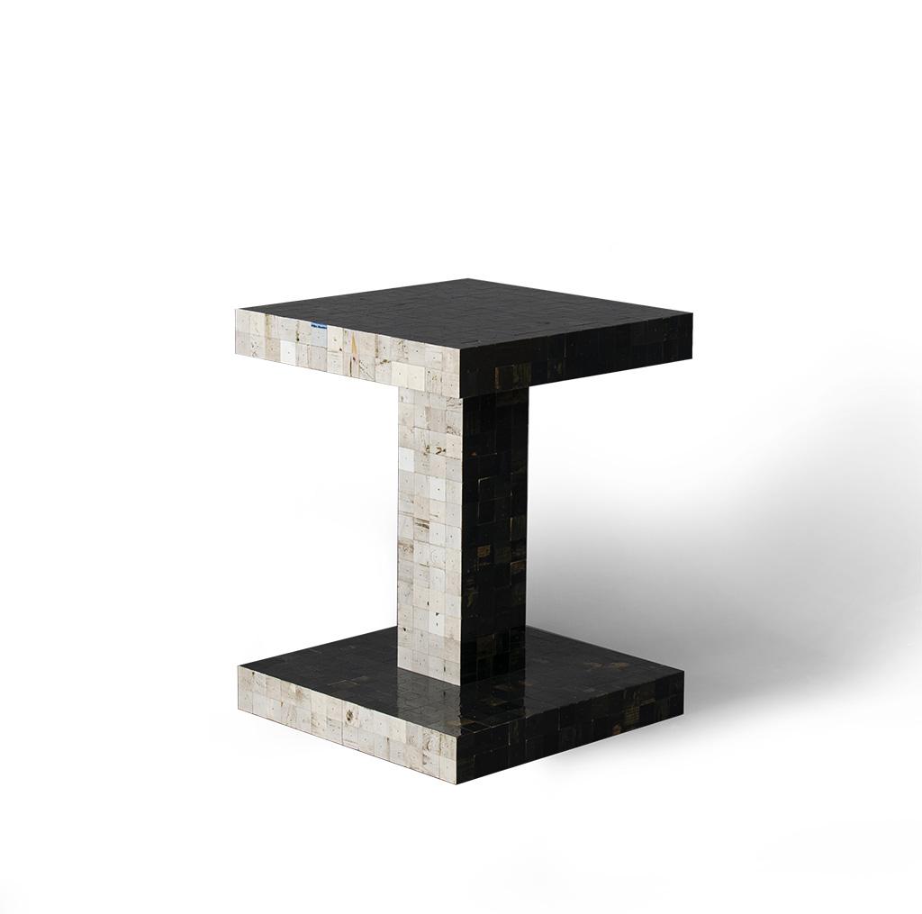 2color table – 02 – vrij