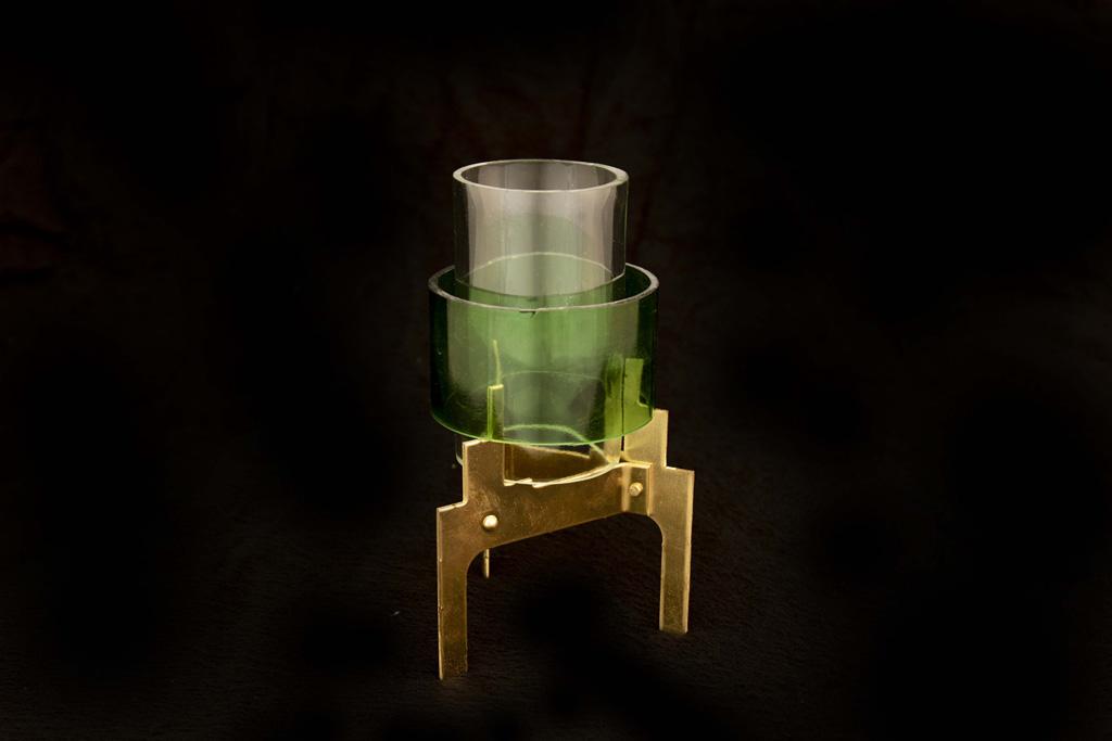gezaagd oud glas kandelaars klein