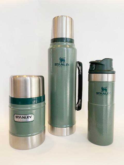 Stanley Food jar €45,- Vacuum bottle €45,- One hand vacuum mug €32,50