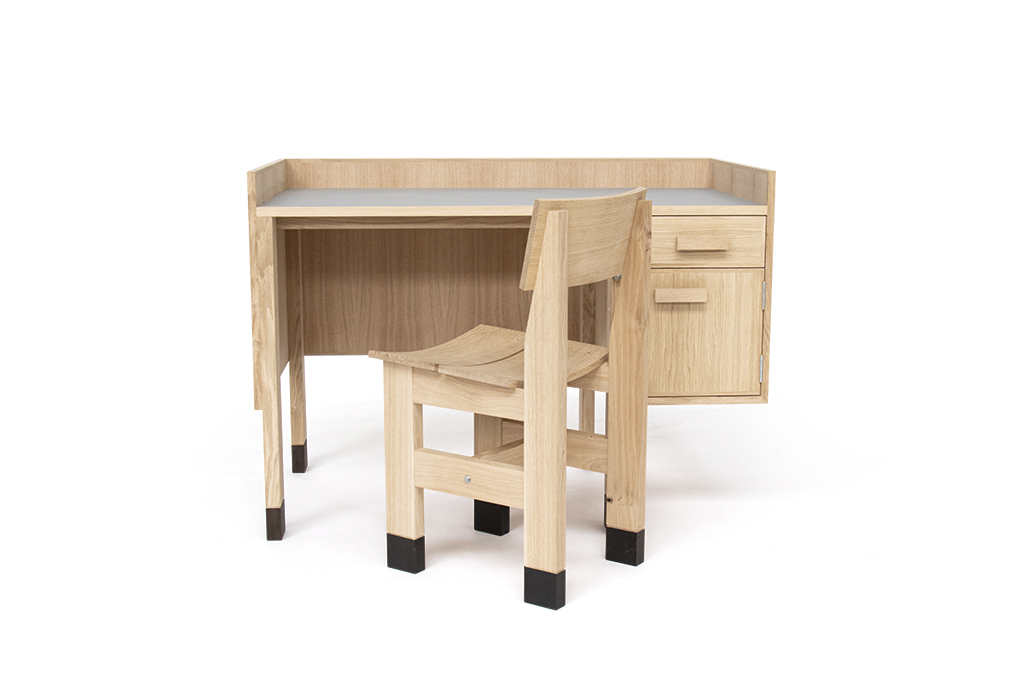 06_Adrian-Santic-House_Desk_and_Chair