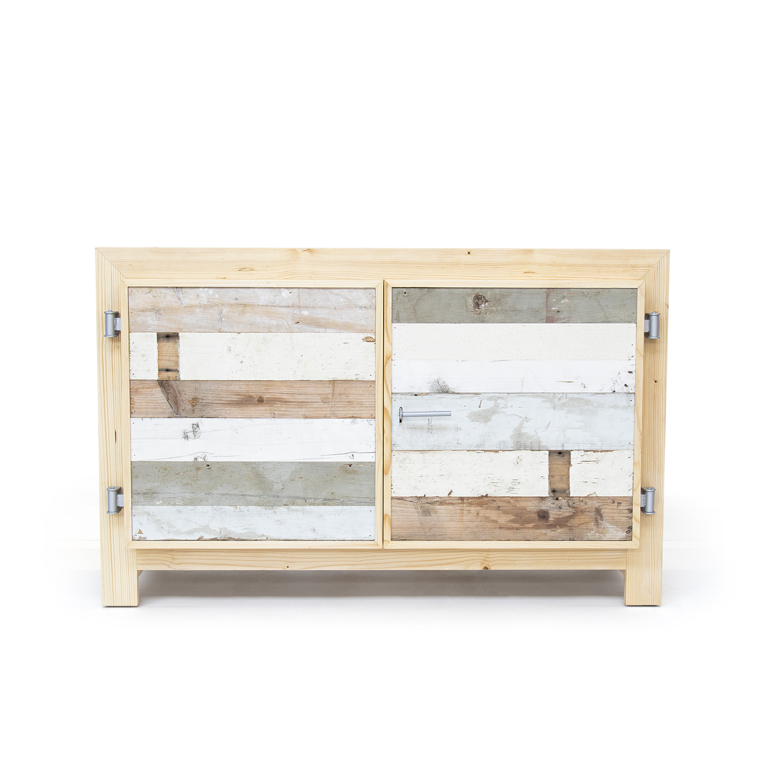 01_Ray_Hunter_Dressoir_in_Sloophout_front01_thumbnail